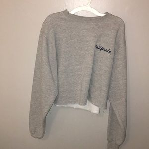crew neck cropped sweater